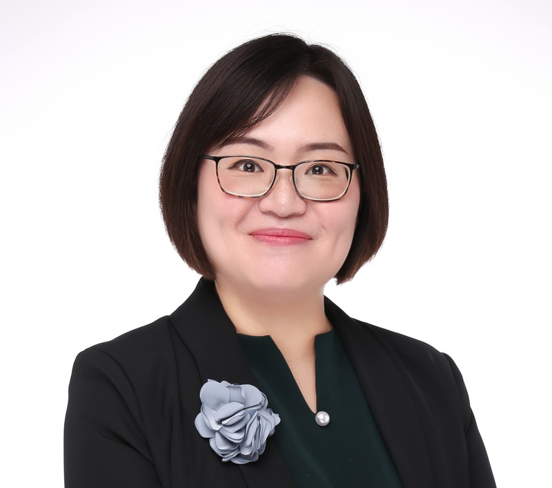 Prof Hu.jpg